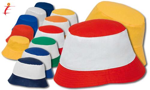Cappellino colorato tipo weekend