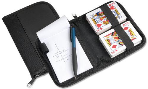 Set carte da gioco e penna